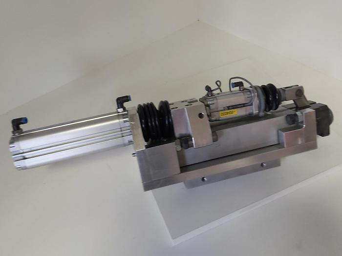 Gebraucht Zustellzylinder und Klemmung, Hub 125mm K2, Festo gebraucht-Top