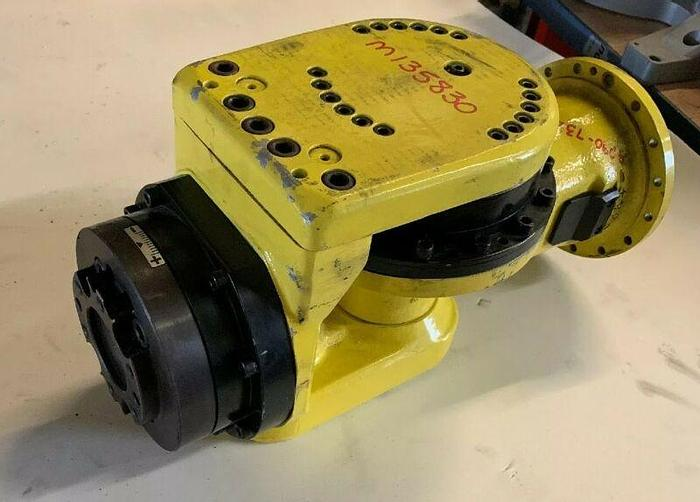 Used FANUC ROBOT WRIST ASSEMBLY S-430i F S430IF Refurbished Warranty Fast Shipping