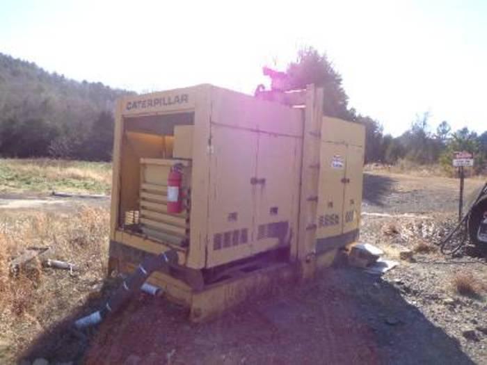 CATERPILLAR 400 KW (500 KVA) Skid Mounted Diesel Generator