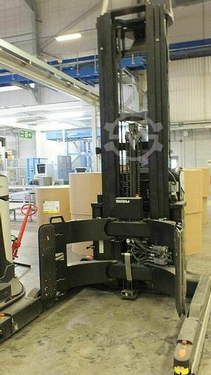 Used 2011 BOLZONI AURAMO AGCA-25-127C   PAPER ROLL CLAMP ARMS