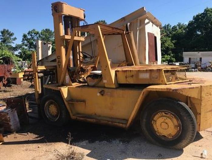 Cat V225 Forklift