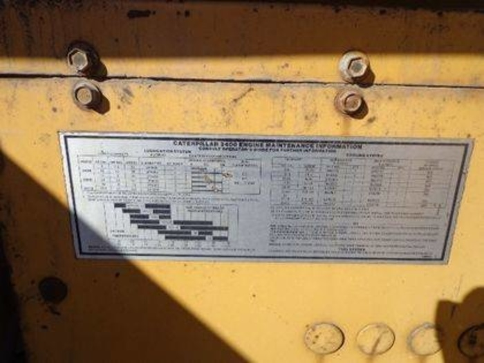 CATERPILLAR 400 KW (500 KVA)