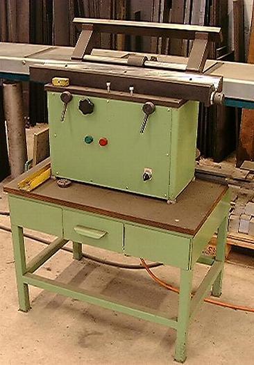 Kantenfräsmaschine mit Hartmetallkopf