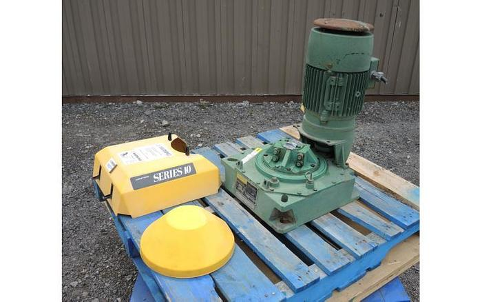 USED LIGHTNIN TOP ENTRY MIXER, SERIES 10, 3 HP