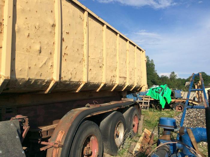 2001 Fruehauf typer trailer full steel typer with full steel suspension
