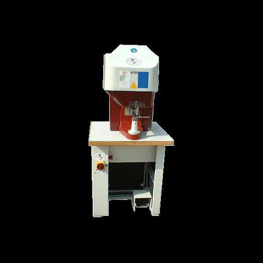 SPS - Riveting machine