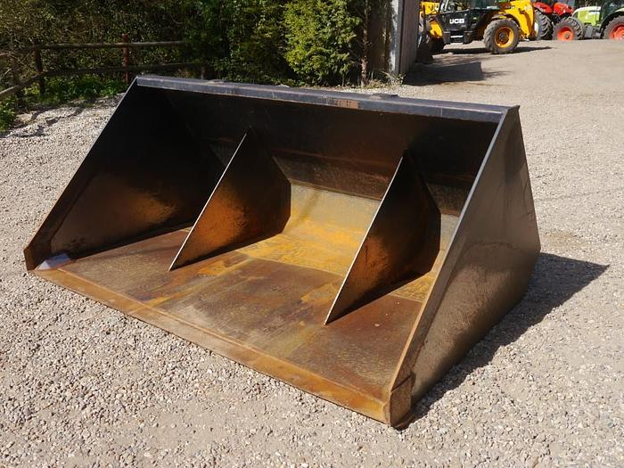 Used Merlo Bucket