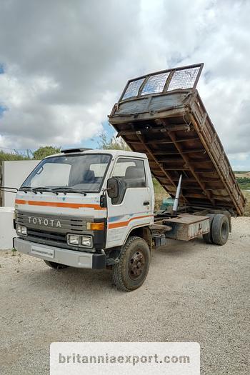 Used 1989 TOYOTA Dyna 300 14B 7.5 ton 3 way tipper