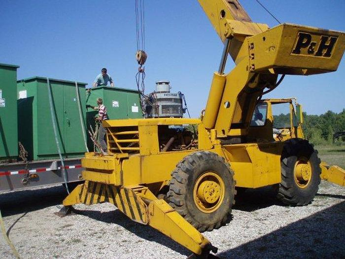 Used 28 Ton P&H / Harnisfeger Series 100 Hydraulic Rough Terrain Crane; 4 Wheel