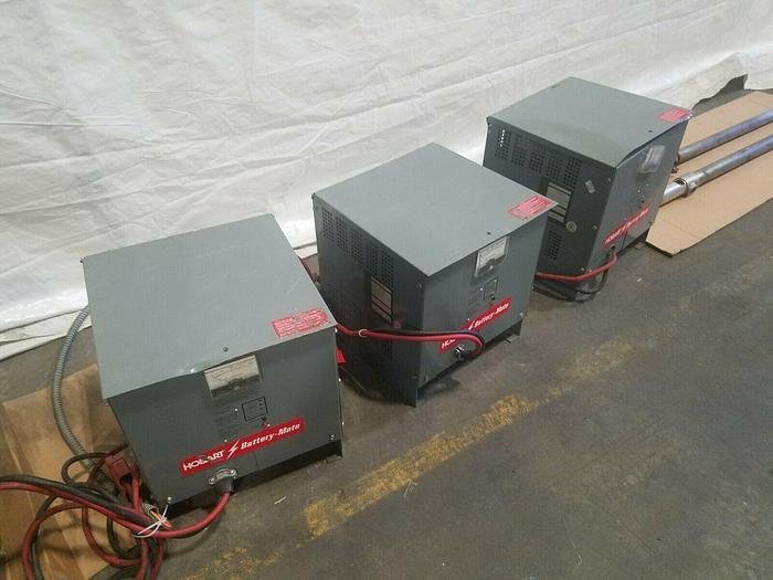 Used Hobart Battery Mate Model 725M1 12 -4