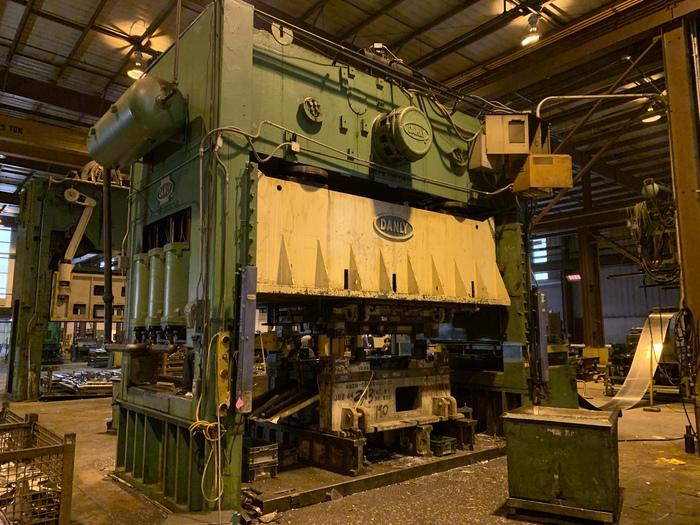 "300 ton Danly 180""x96"" SSDC Stamping Press"