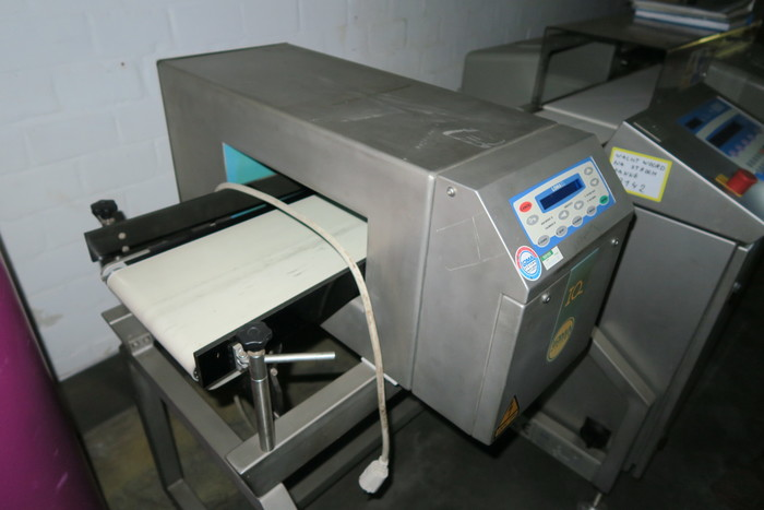 LOMA COMBINATION METAL DETECTOR & CHECKWEIGHER