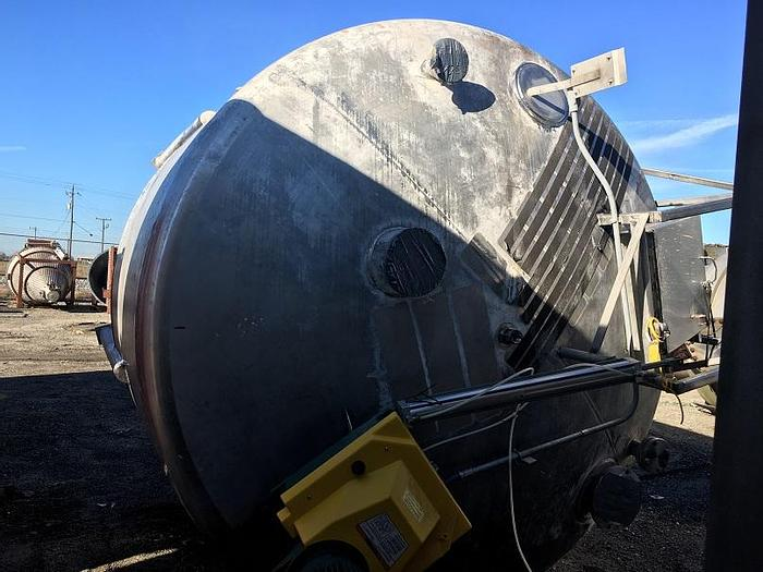 Used 3,300 GALLON MIX TANK – 5 HP – T-304 S/S (#9714)
