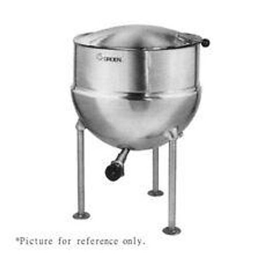 """Used GROEN FT-40 DIRECT STEAM 40 GAL KETTLE w/ 2"""" TDO & E-Z LIFT POWER AID COVER (#663), only @ AMERICA'S STEAM KETTLE HEADQUARTERS !"""