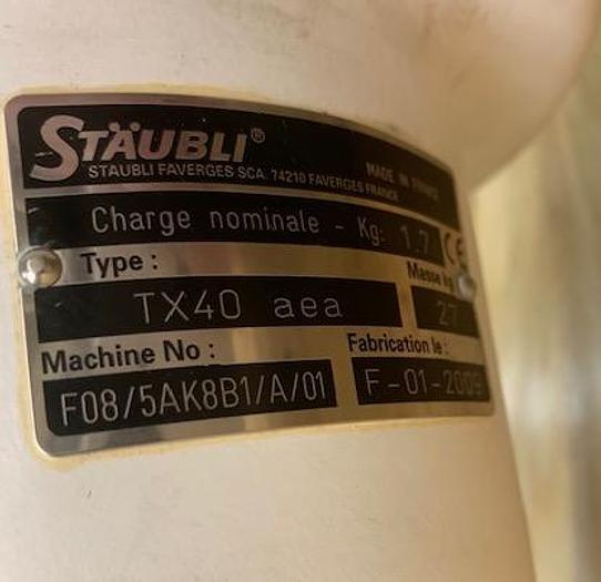 2009 STAUBLI TX40 ROBOT WITH SCHUNK GRIPPER AND CS8C CONTROLLER