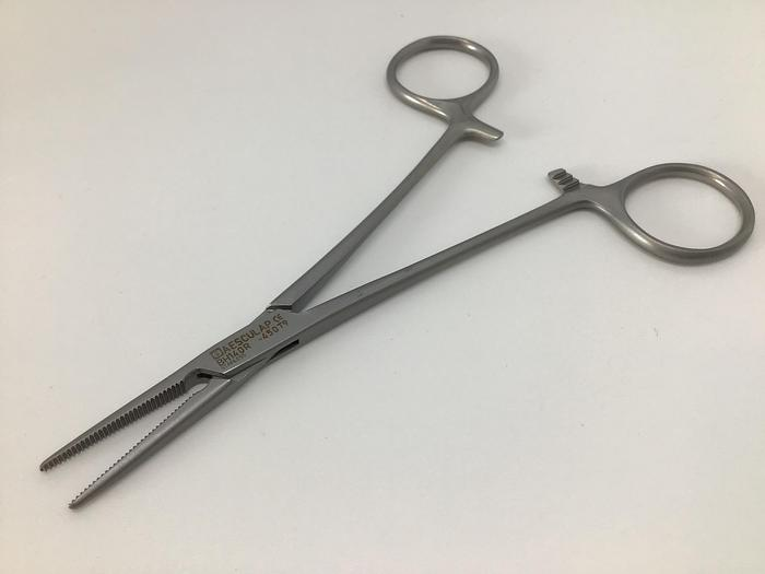 Used Forceps Artery Crile Baby Straight 140mm