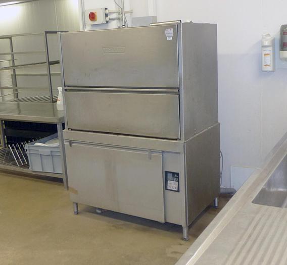 Gebraucht gebr. Industrie-Waschmaschine HOBART mit Geschirrkäfig ca. 1.000 x 600 mm.