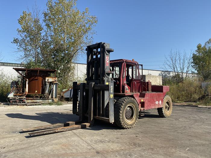 TAYLOR Y45W BIG RED FORKLIFT