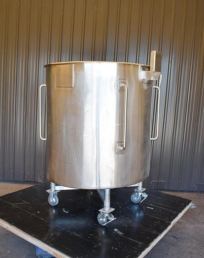 Used USED 330 GALLON TANK, 316 STAINLESS STEEL