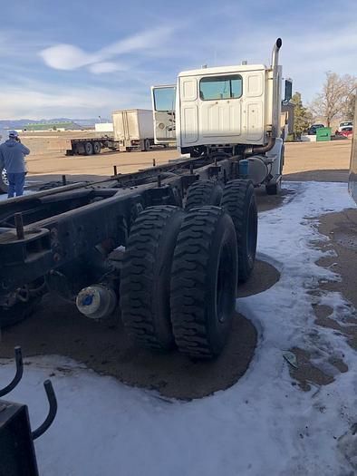1998 Western Star Heavy Duty Chassis 5864SS Severe Service