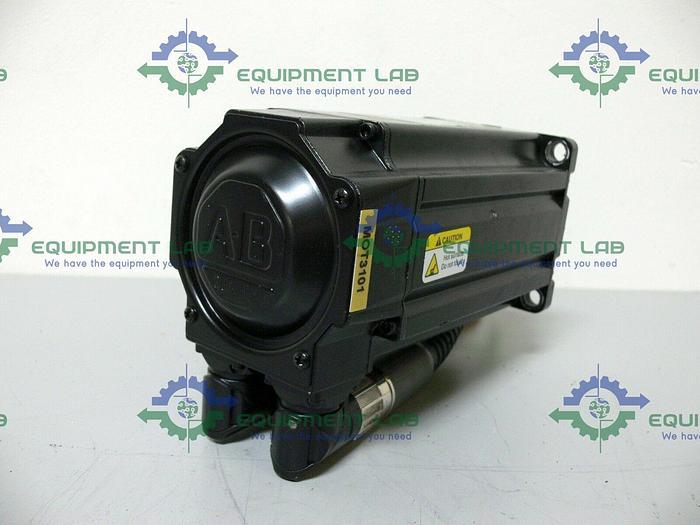 Used Allen Bradley MPL-B420P-MJ74AA Kinetix Brushless AC Servo Motor 460V 5000 Rpm