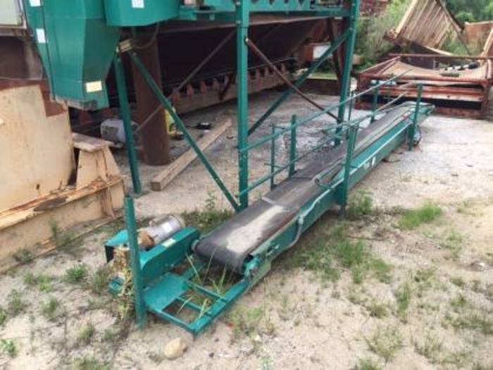 Sandbagger Unit with operating foot peddle