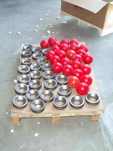 Used BALL METAL SEATS ORIGINAL NEW SPARE PARTS FOR VICENTINI DIAPHRAGM PUMP TYPE CICLOPE 9000