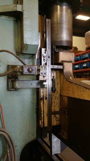 Brake Press - Pacific, 400 Ton, 14' Bed