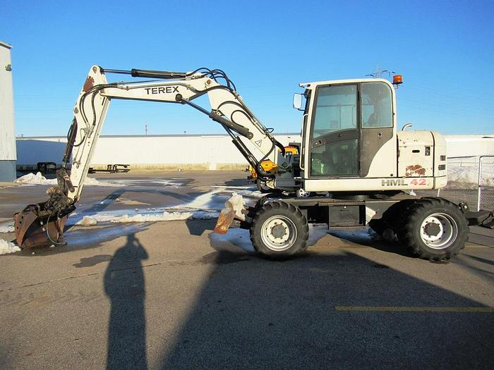 Used 2005 TEREX HML 42