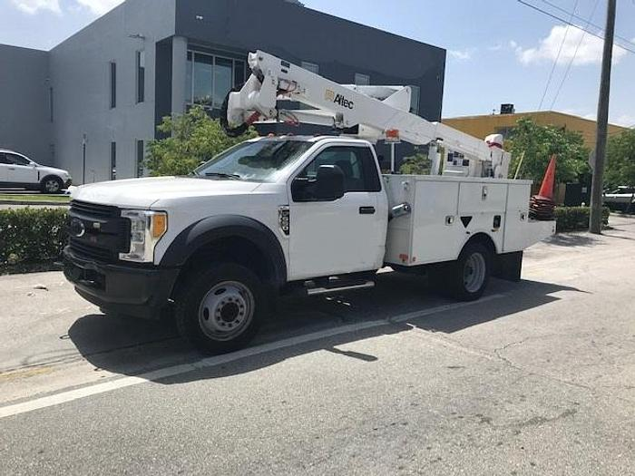 Used Altec AT237G Articulating Telescopic Bucket Boom on a 2017 Ford F550 Truck - M09429