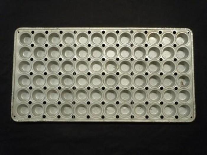 "MINI MUFFIN PANS 1-7/8""X7/8"" 2000001"