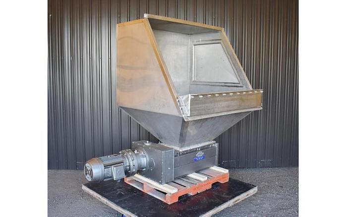 USED SHRED-TECH SHREDDER, DUAL SHAFT, CARBON STEEL, 25 HP