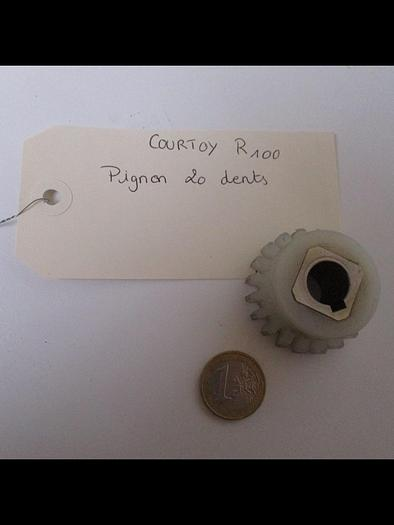 Used COURTOY R100 Pignon 20 dents