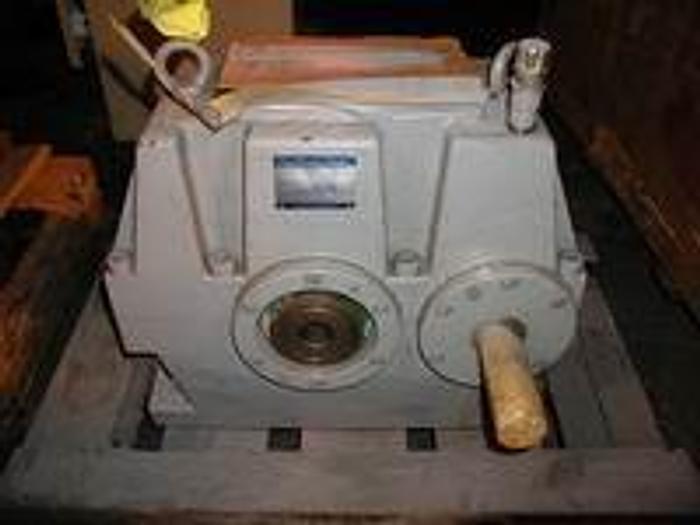 Used Koellmann gearbox, PEEZ 20, 40HP, input RPM 1283, output RPM 250, ratio 5.136 service factor 1.25