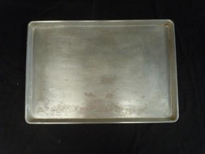 Used ALUMINUM SHEET PANS 18 X 26 (USED) 1826ASP