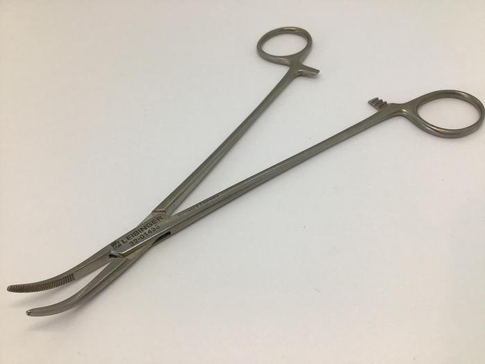 Used Forceps Artery Schnidt Curved 190mm