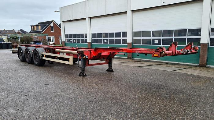 Used 2004 Van Hool 3B0070 Container chassis