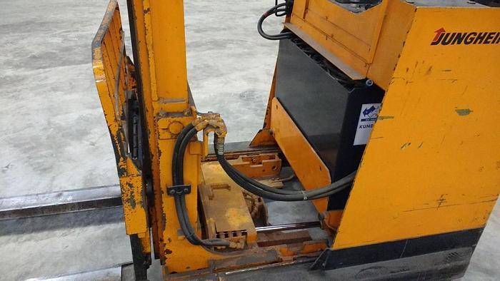 Gebraucht Gabelstapler Jungheinrich ETVA 106