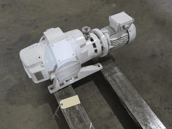 Used RUVAC LEYBOLD VACUUM PUMP – 1.5 HP