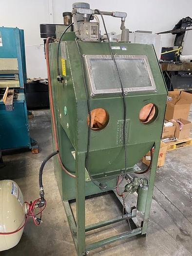 Used KELCO CH242C PRESSURE BLAST CABINET 24 x 24 x 25 work space
