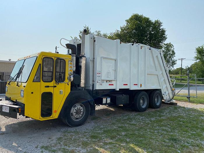 Used 2006 CCC LET2-46