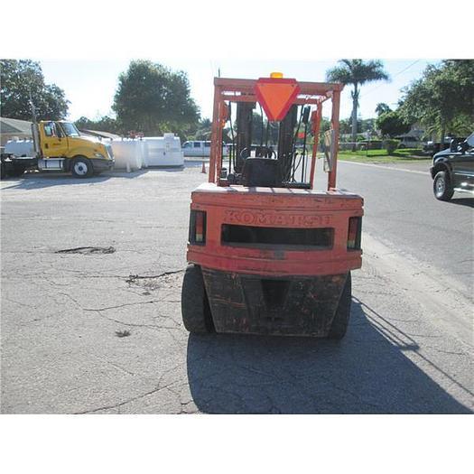 Komatsu 8000 lb diesel forklift