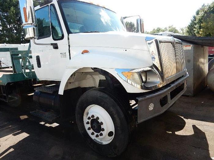 Used 2003 International 7400