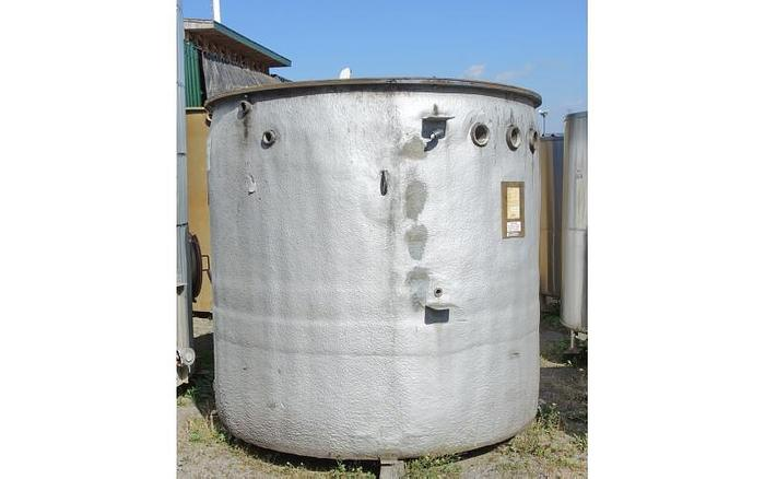 USED 1500 GALLON TANK, FIBERGLASS
