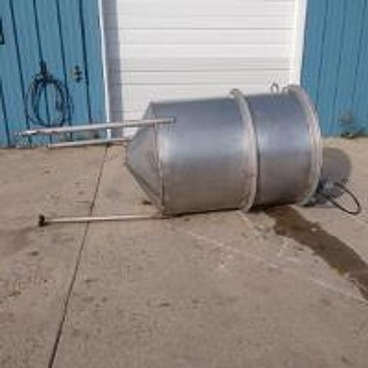 Used 250 Gallon Single Wall Stainless Steel Tank