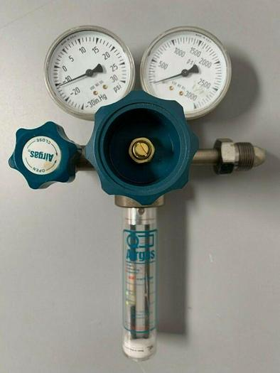 Used AIRGAS Y11-SR145A Gas Regulator 3000 PSI w/ Smart Indicating Regulator Tester