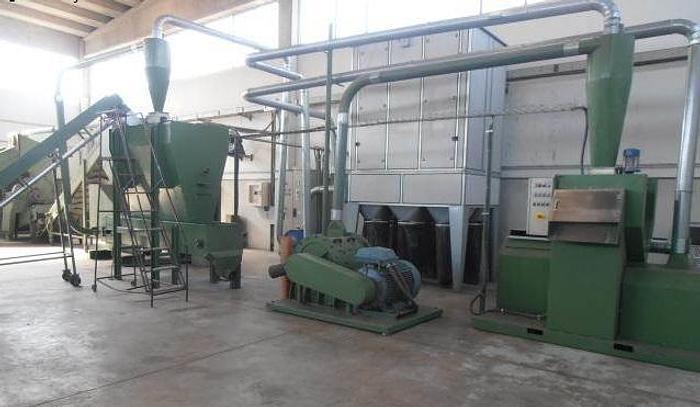 Usata Impianto riciclaggio lattine di alluminio, tappi ed altri metalli
