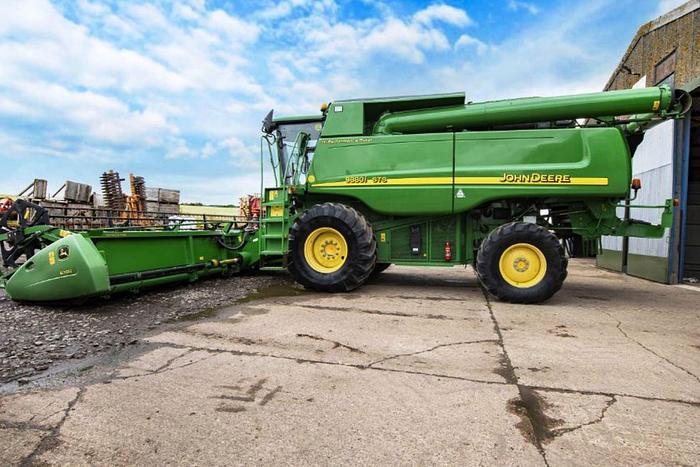 Used John Deere 9880i STS Combine Harvester