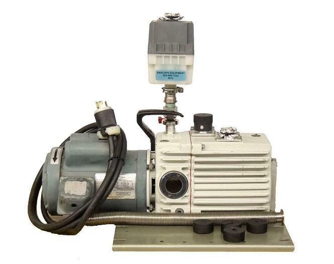 Used Leybold Heraeus Trivac D16A Rotary Vane Dual Stage Mechanical Vacuum Pump 8910R