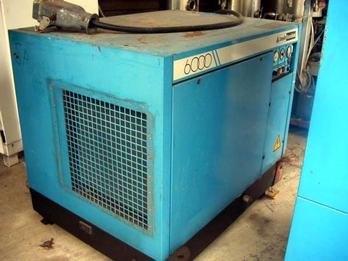 Śrubowa sprężarka powietrza CompAir BroomWade 0